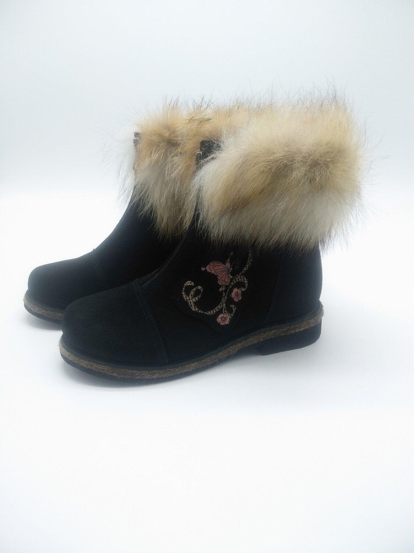 39 Унты-ботиночки женские из замши и лисы на молнии