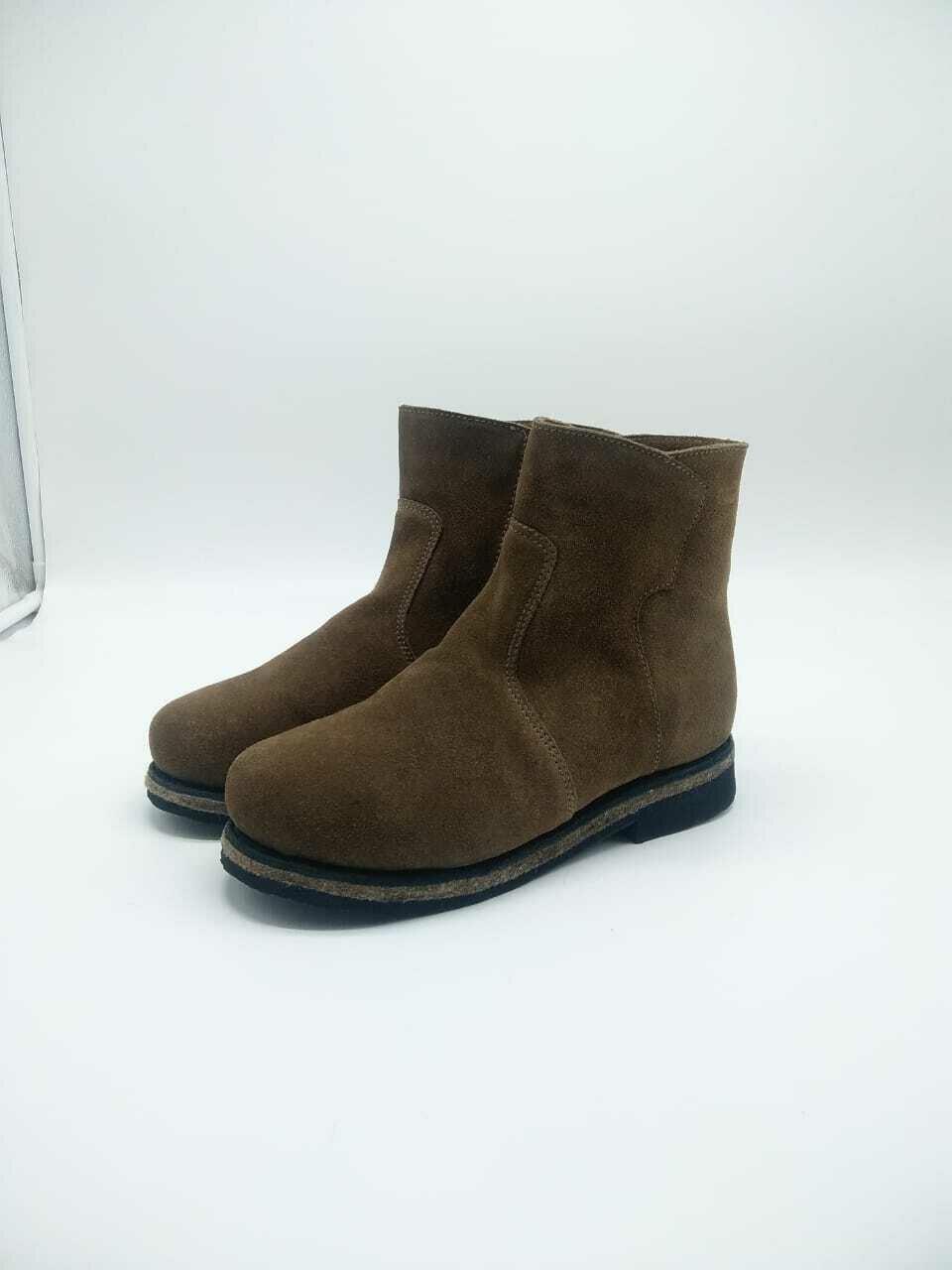 39 Унты-ботиночки женские из замши на молнии
