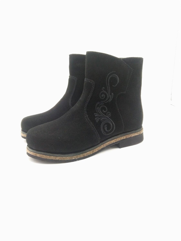 40 Унты-ботиночки женские из замши на молнии