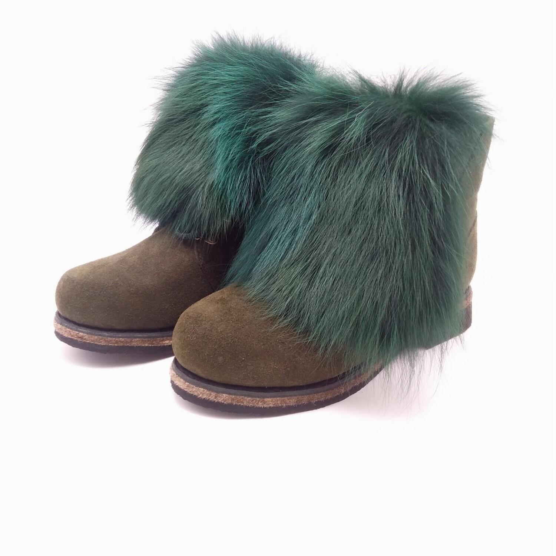 37 Унты-ботиночки женские из замши и лисы