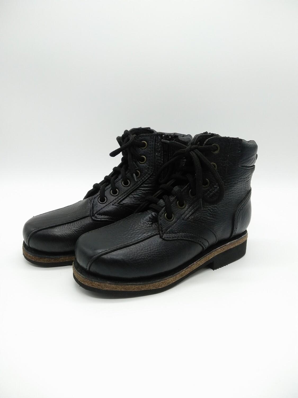 38 Унты-ботинки мужские из кожи бычка