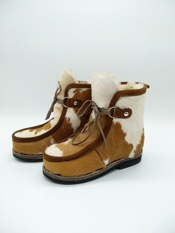 36 Унты-ботиночки женские из теленка