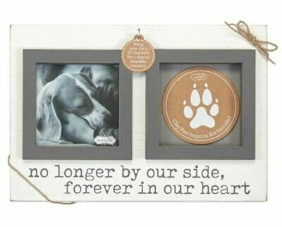 Pet Frame And Paw Print