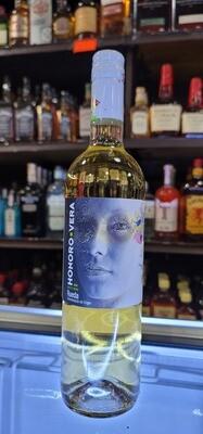 Honoro Vera White Wine 750ml