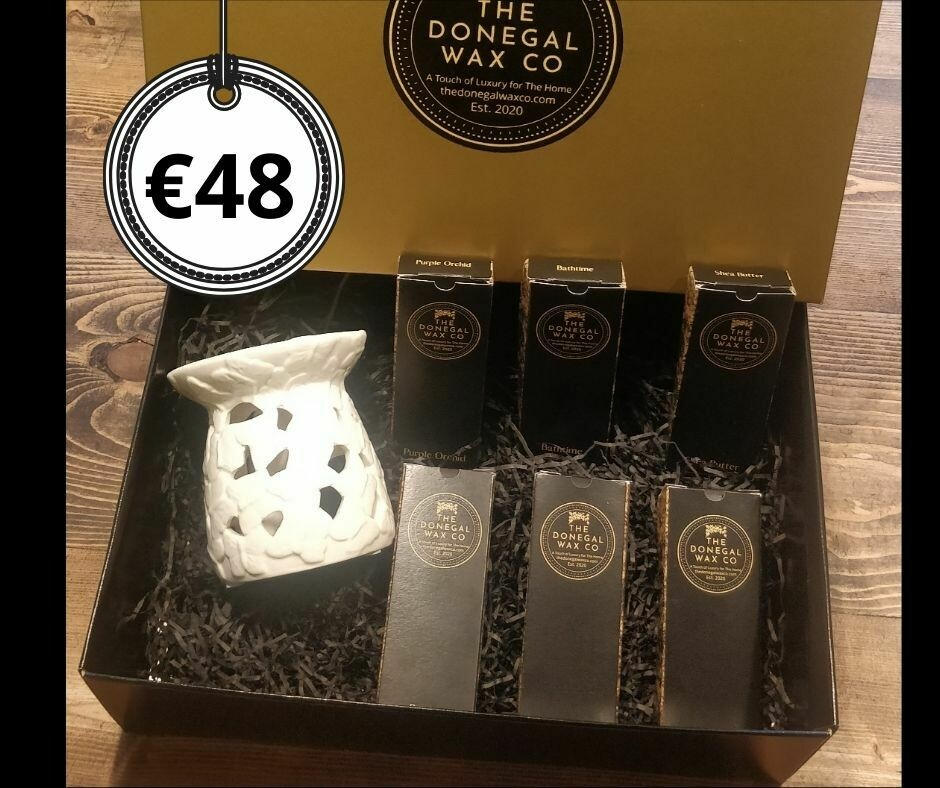 Luxury Gift Set with Embossed Warmer + 6 Snap Bar Wax Melts