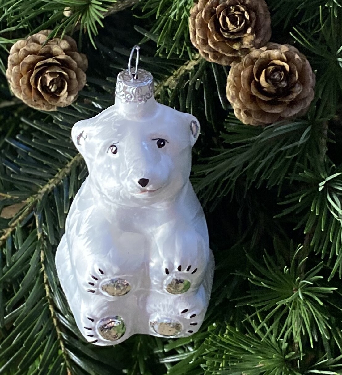 Den snehvide Isbjørn