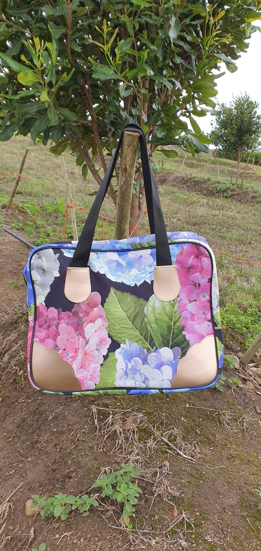 Hydrangea Overnight bag