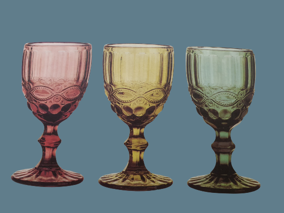 Boho wine glasses lace design.