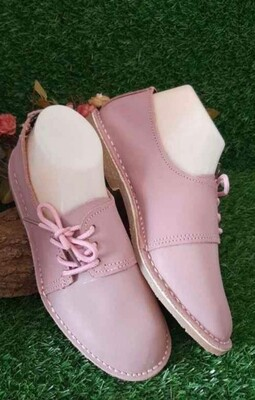 Ladies Vellies with side lace detail