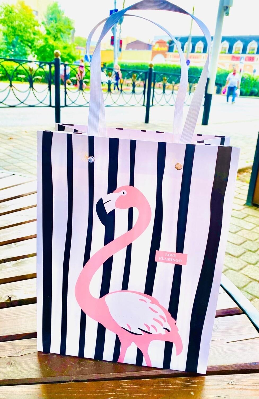 """Пакет подарочный 24*31*13 """"Европейский стиль фламинго""""пластиковые ручки."""