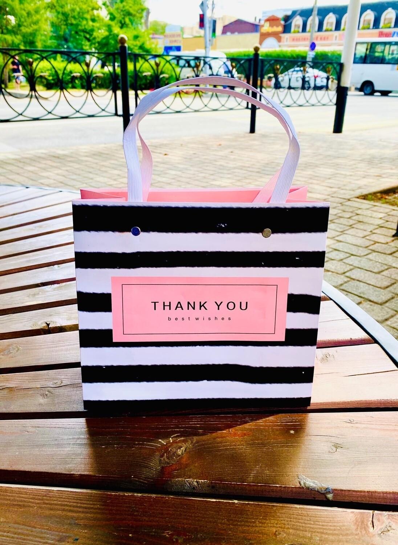 """Пакет подарочный 22*20*10см """"THANK YOU"""" пластиковые ручки."""