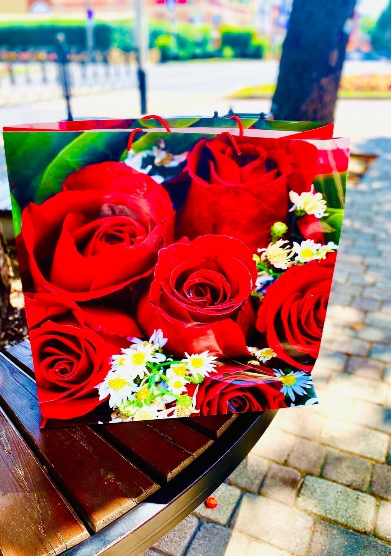 Пакет подарочный 47x47x22 Цветы