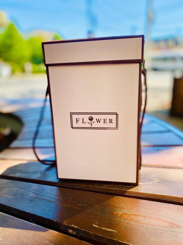 """Коробка подароКоробка подарочная Прямоугольная вытянутая ручка-шнурок """"FLOWER"""" 2 сред"""