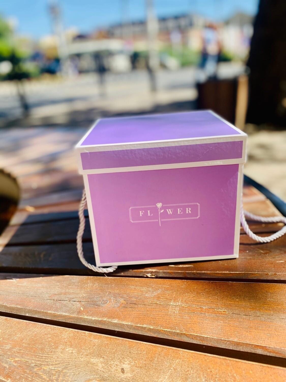 """Коробка подарочная квадратная с шёлковые шнурки-ручки""""FLOWER"""" 2 сред"""