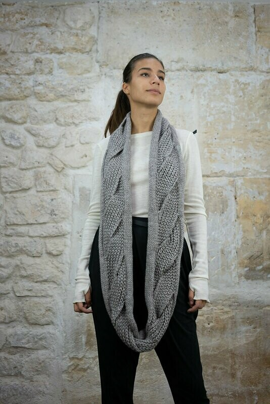 Cable-Knit Loop Scarf