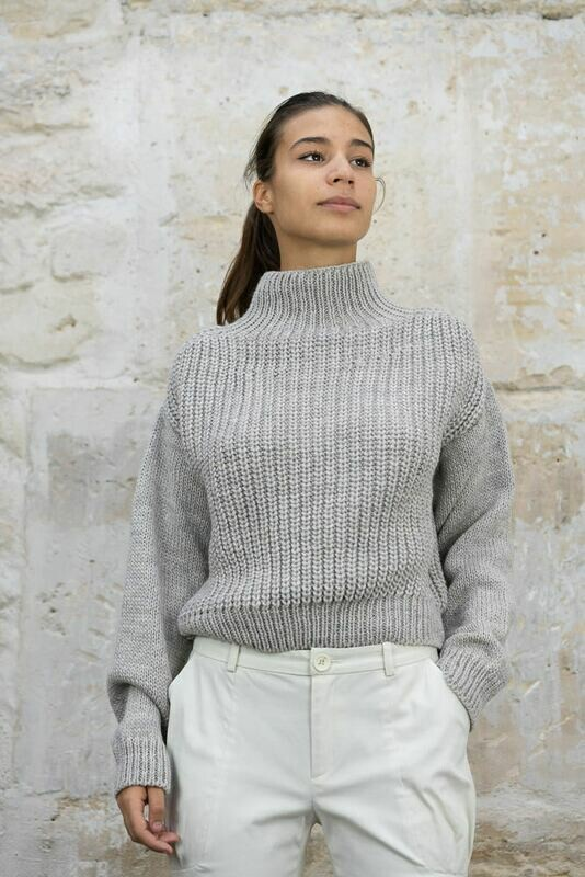 Ribbed-Knit Sweater - Short