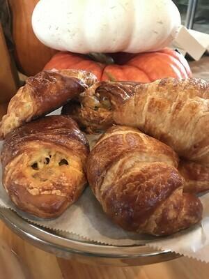 FP Original Plain Croissant