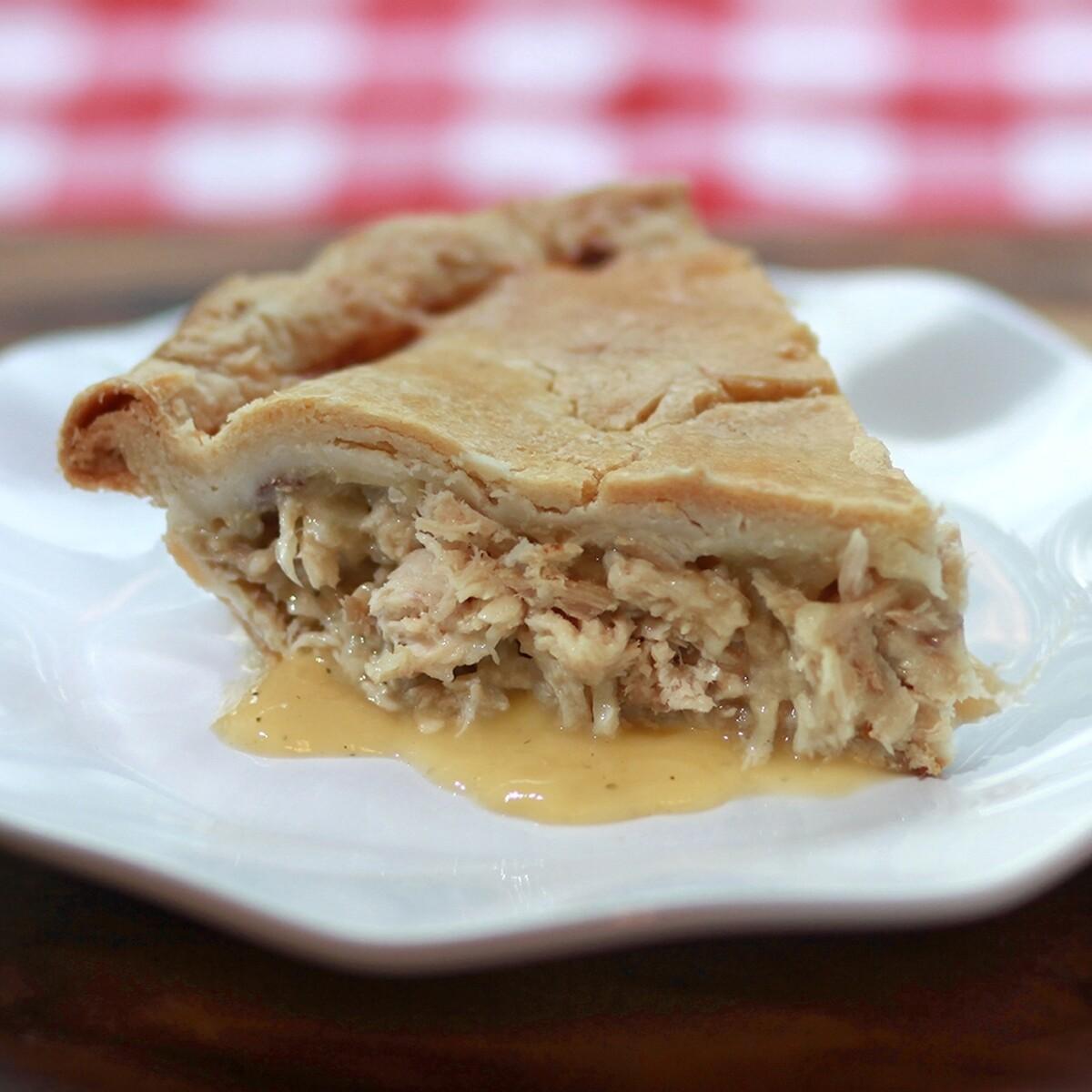 Large Homestyle Chicken Pie | Centerville Pie Company