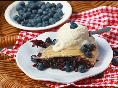 Blueberry Pie | Centerville Pie Company