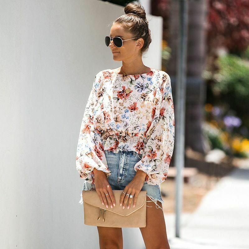 Blusa de Diseño Floral y Cintura Fruncida