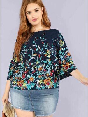 Blusa Plus Con Estampado De Flores