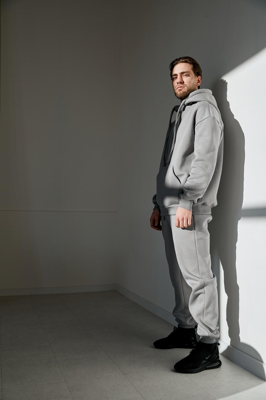 Утепленный мужской базовый костюм с капюшоном. Размер 52-54. Рост 178-185 см.