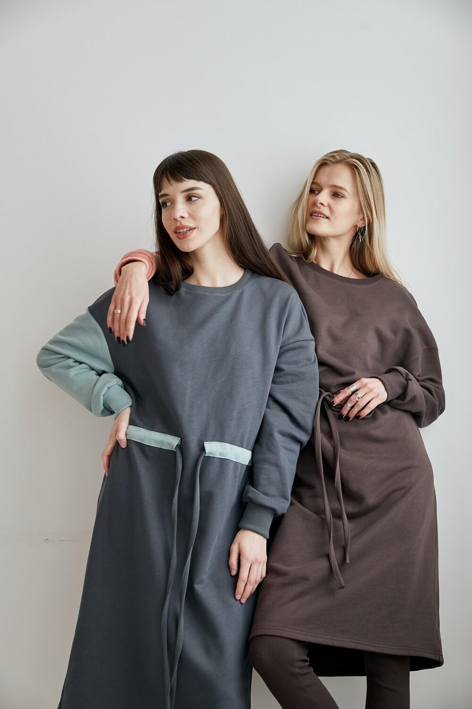 Легкое OVERSIZE платье с контрастным рукавом и поясом. Размер 42-48