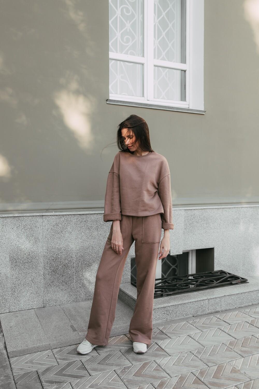 Легкие брюки клеш. Размер 42-44. Рост 169-174 см.