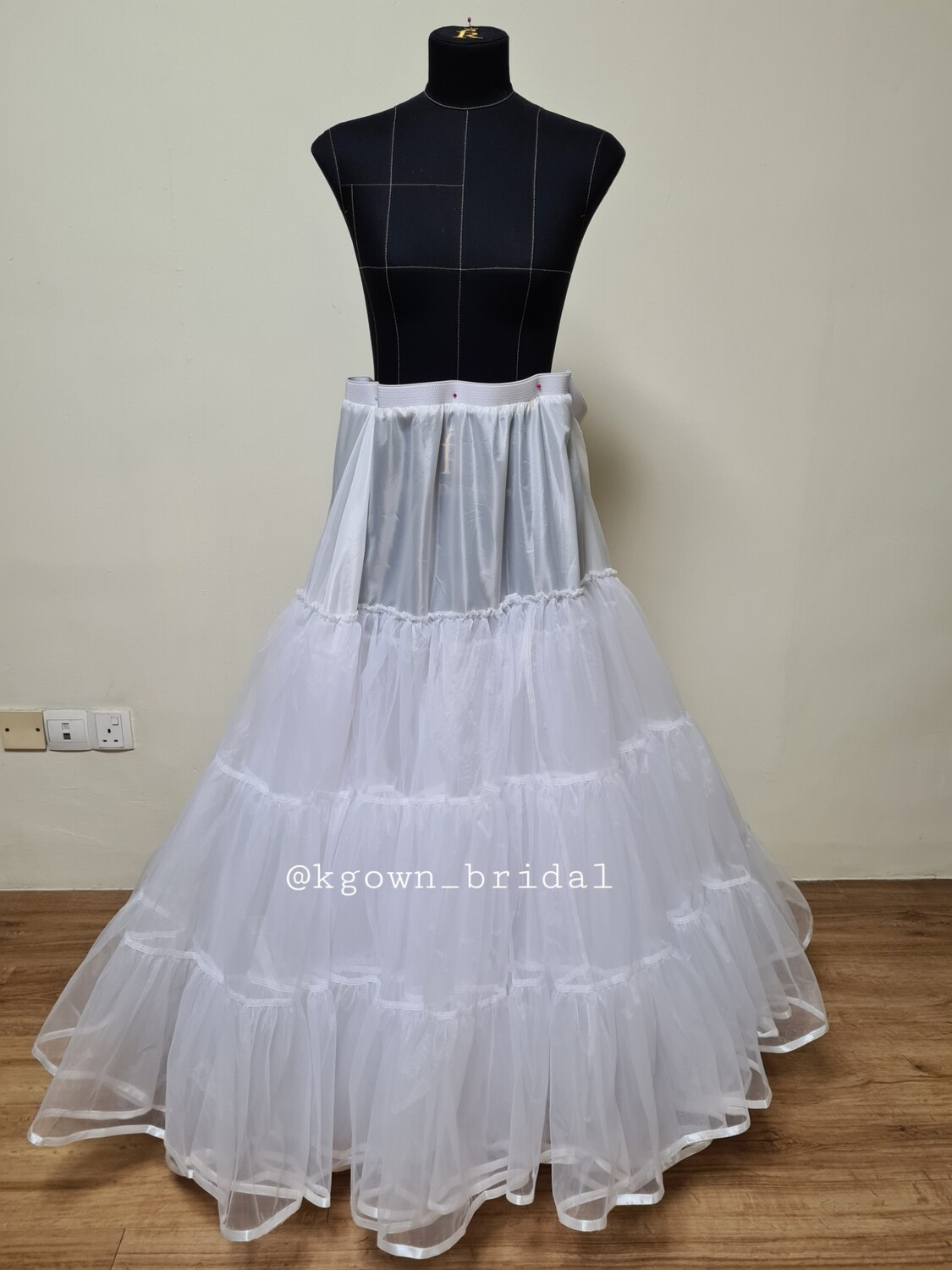 Customised plus size petticoat with organza mesh