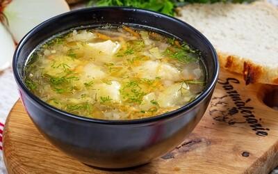 Supa de dovlecel si marar (vegetariana/de post)