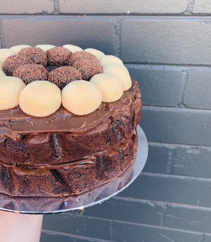 BRIGADEIRO BROWNIE CAKE