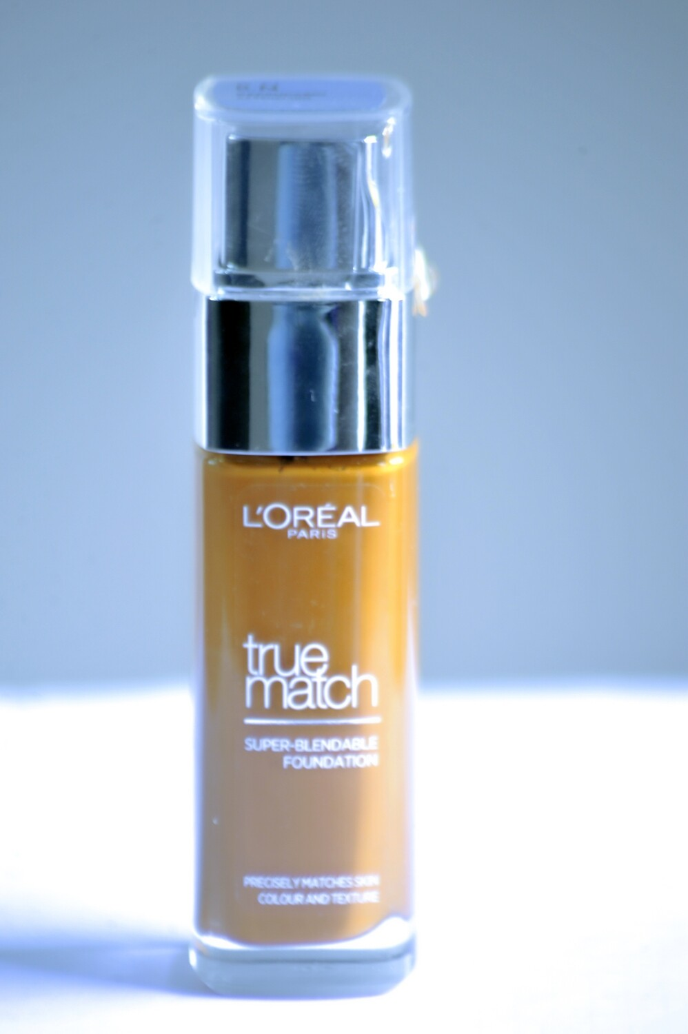 L'Oreal According Parfait Foundation