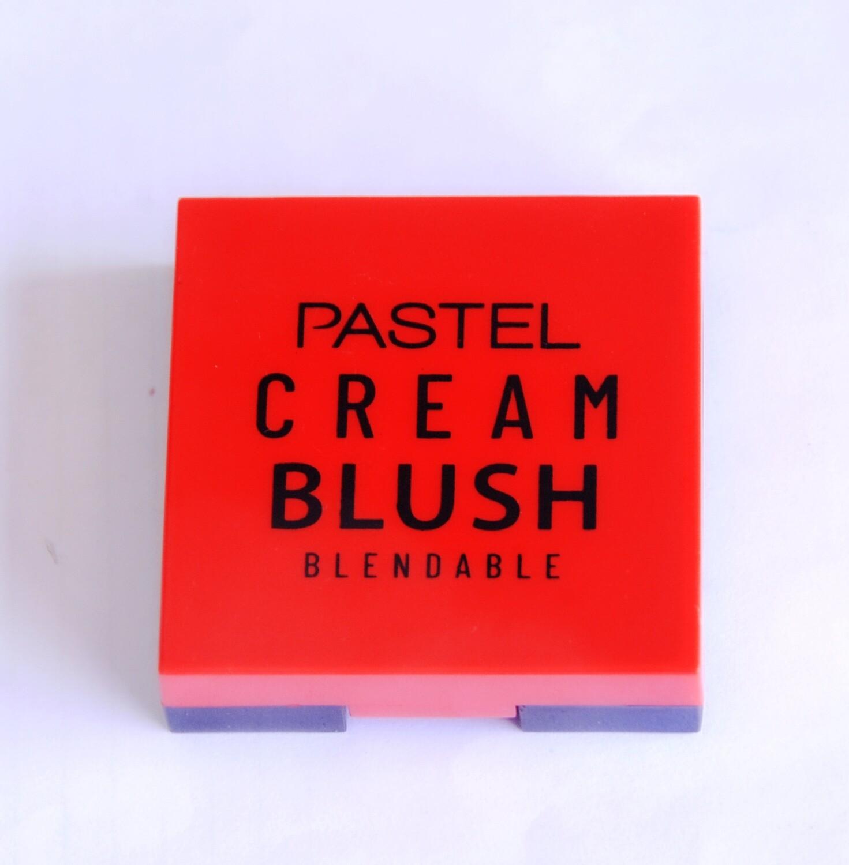 Pastel cream blush