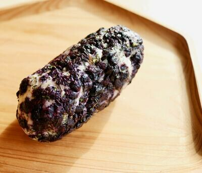 CHEVRE ROLLED WITH BLUEBERRIES & THYME