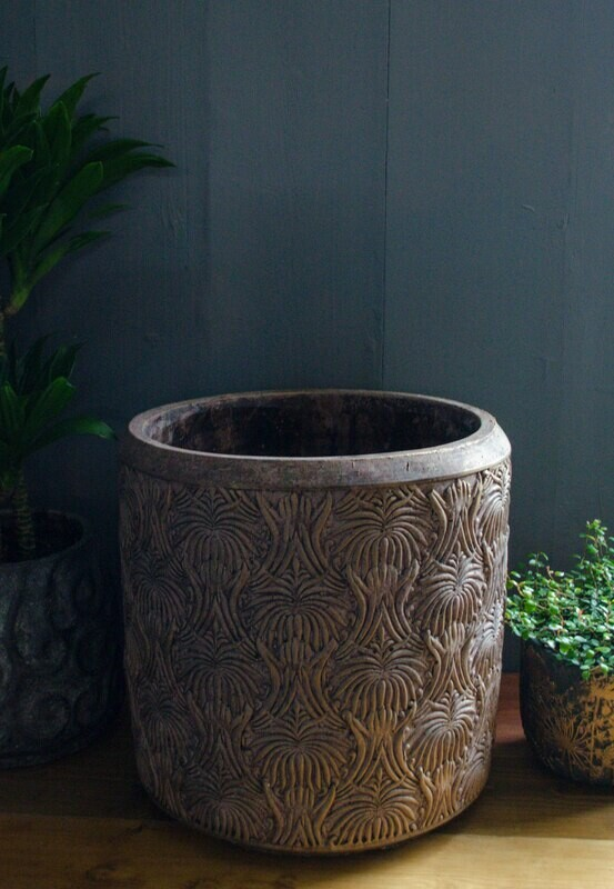 Large Sherry Bronze Pot