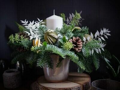 The White Christmas Table Design