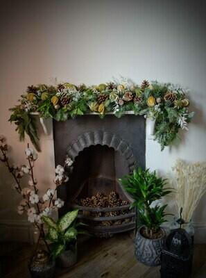 The White Christmas Garland