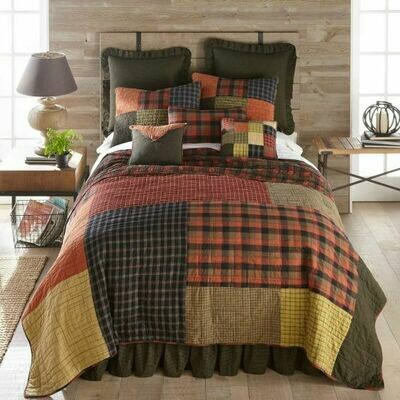 Woodland Square King Quilt