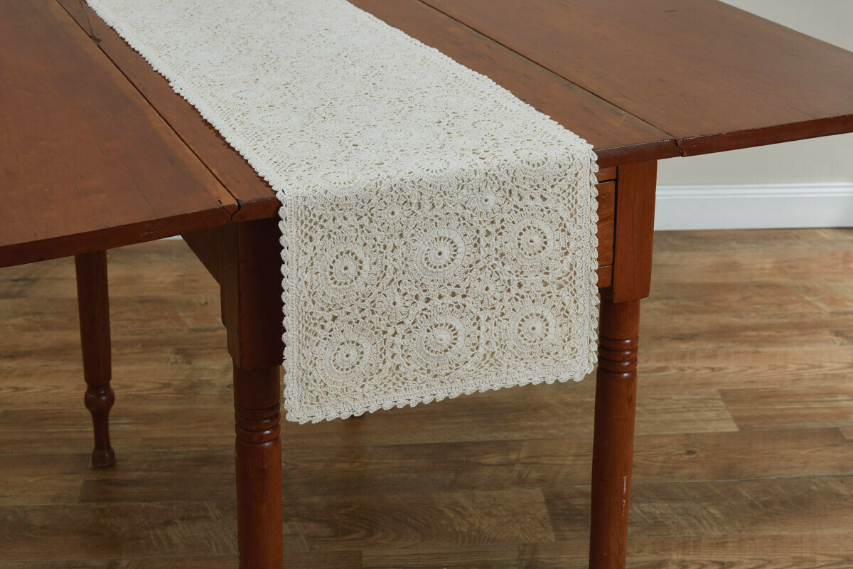 "Lace Cream 36"" Runner"