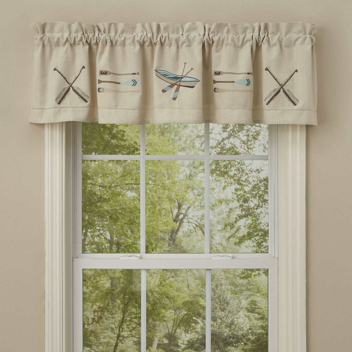 Paddles Embroidered Lined Valance