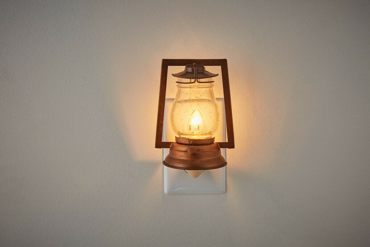 Lumberton Night Light