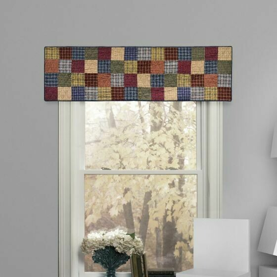 Lakehouse Valance/Runner