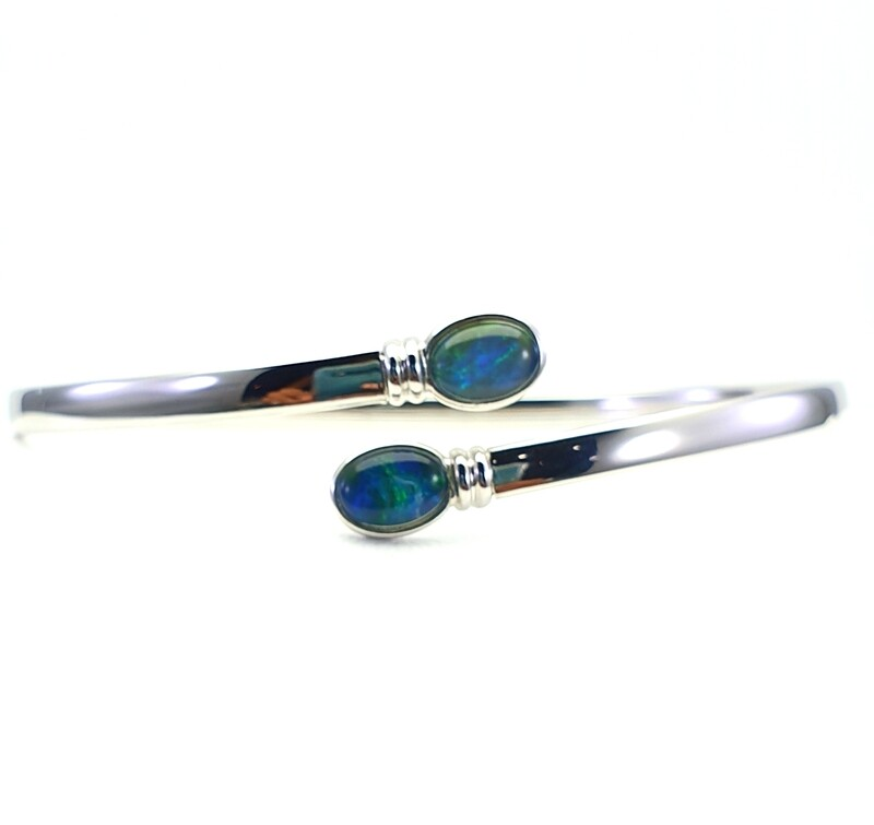 Black Opal triplet - Rhodium Silver - Bangle