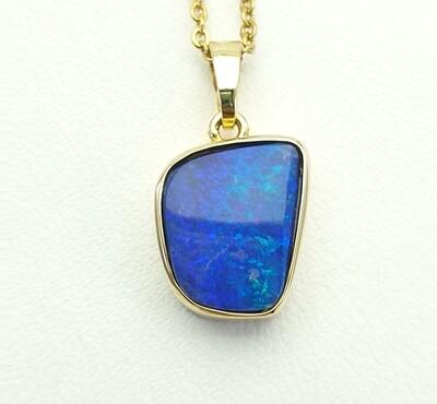 Pendant, Opal