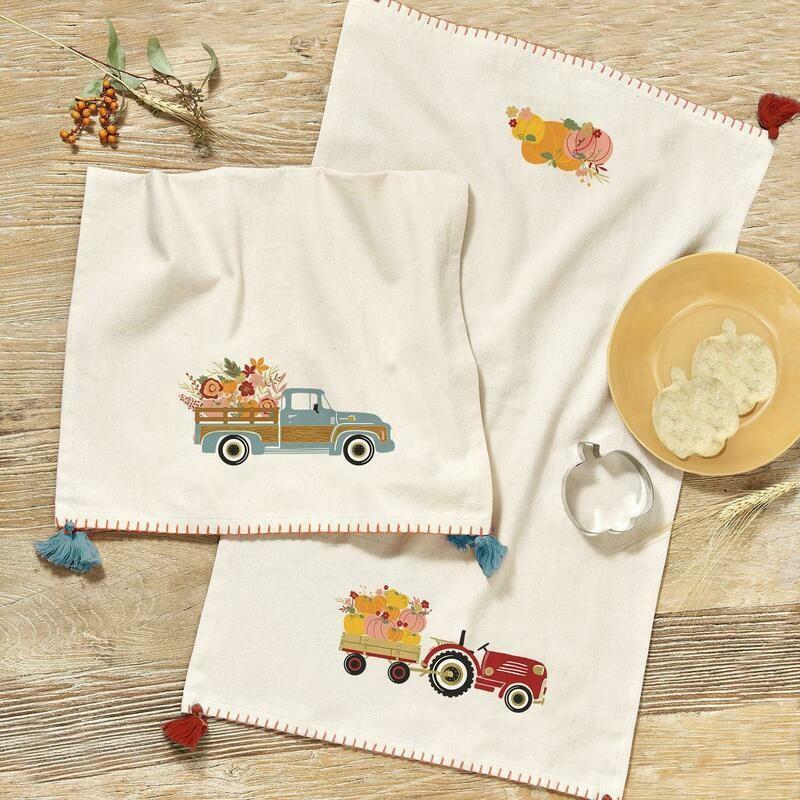 Pumpkins Cookie Cutter & Towel Set