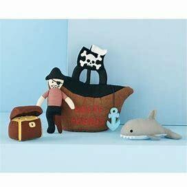 MP Pirate Friends Plush Set