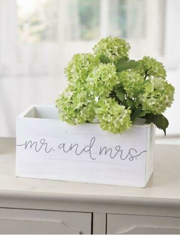 Mr & Mrs Box