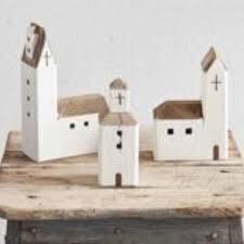 Mud Pie  Church House Sitter