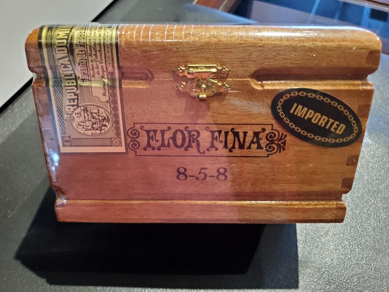 AF 858 Natural - Box 25