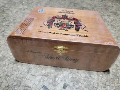 AF Hemingway Short Story Natural - Box 25